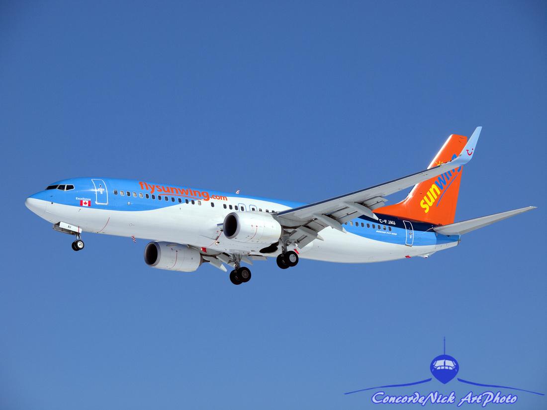 Sunwing B-737-800 C-FJAU