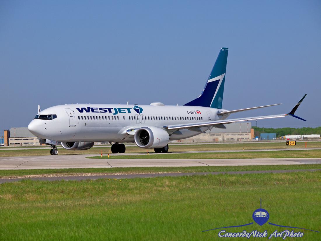 WestJet Boeing B-737-8 MAX